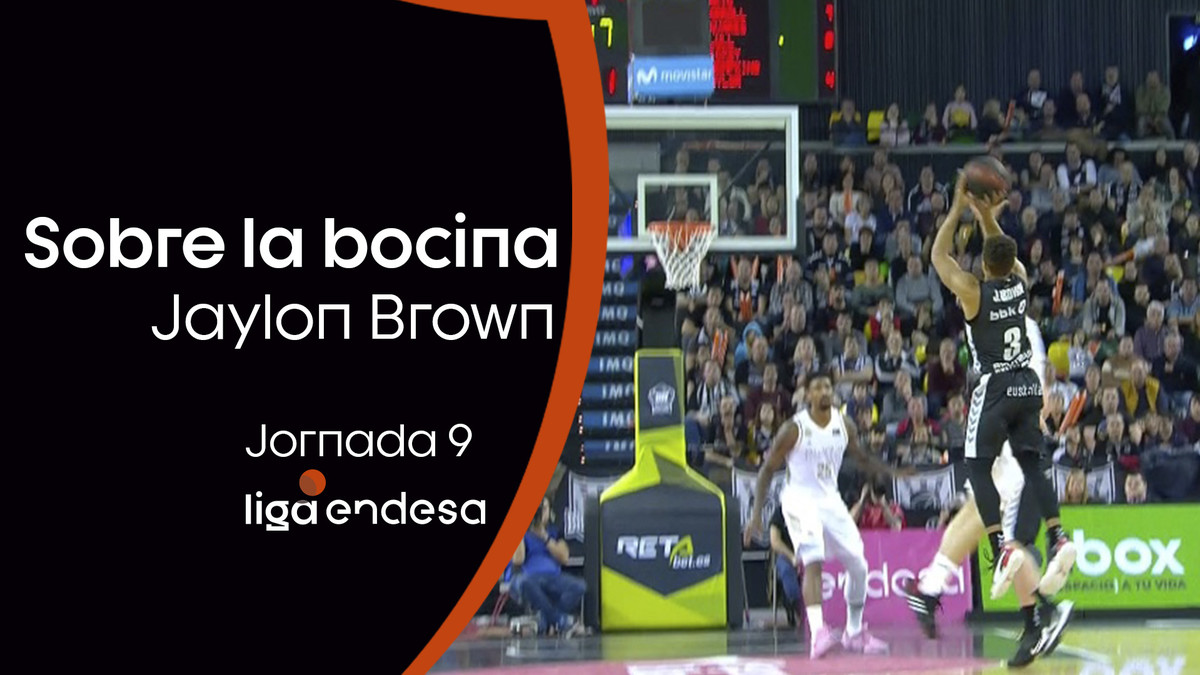 Triple sobre la bocina de Jaylon Brown