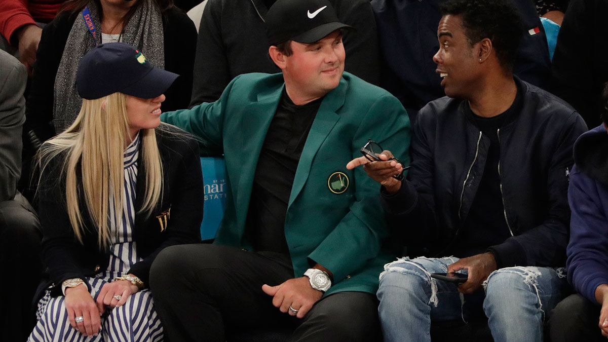 Patrick Reed y Chris Rock, en el Madison (EFE)