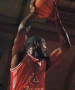 Kevin Magee, rey del aire (Foto Gigantes)